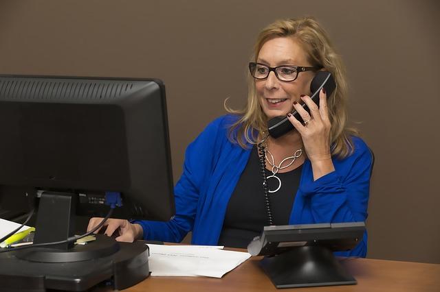 Telefone para as empresas mas evite a secretária