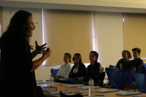 Apresentação do livro Como conseguir emprego em 30 dias - Biblioteca Municipal de Viseu (2)