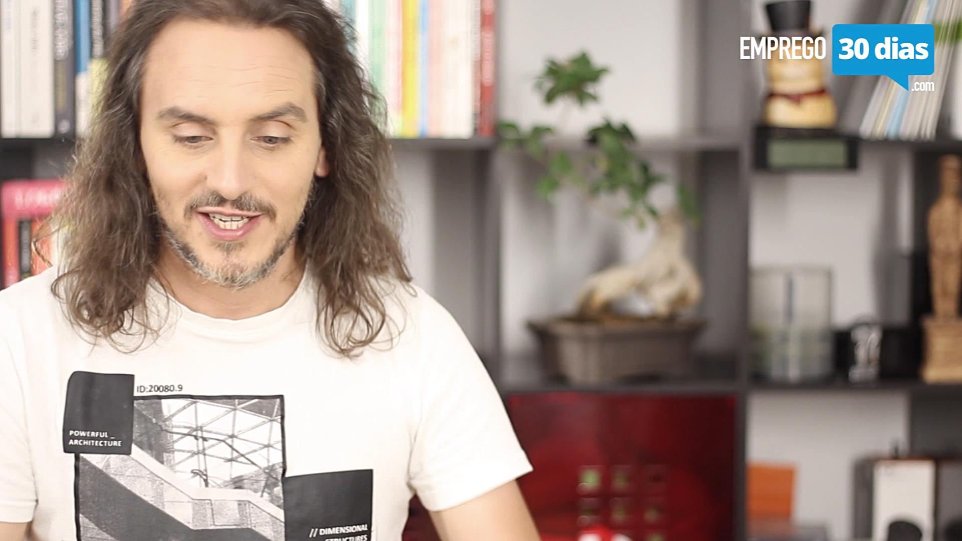 video 078 Pedro Silva-Santos usa cadernos diarios